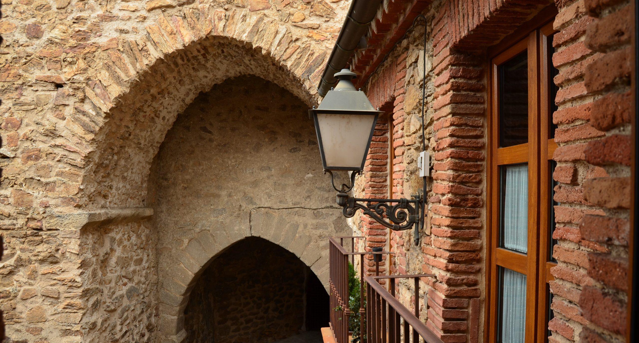 La Beltraneja Inn Muralla medieval Buitrago del Lozoya